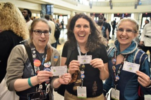 Fangirls happy about cupcakes from left to right: Patty Hammond, Margot Mays and Melissa Villy